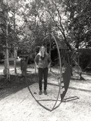 Sculptor Britta Stenmanns with her work.