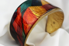 Olivier Mesrobian. Entrechat, cuff - resin with Dutch gold leaf.